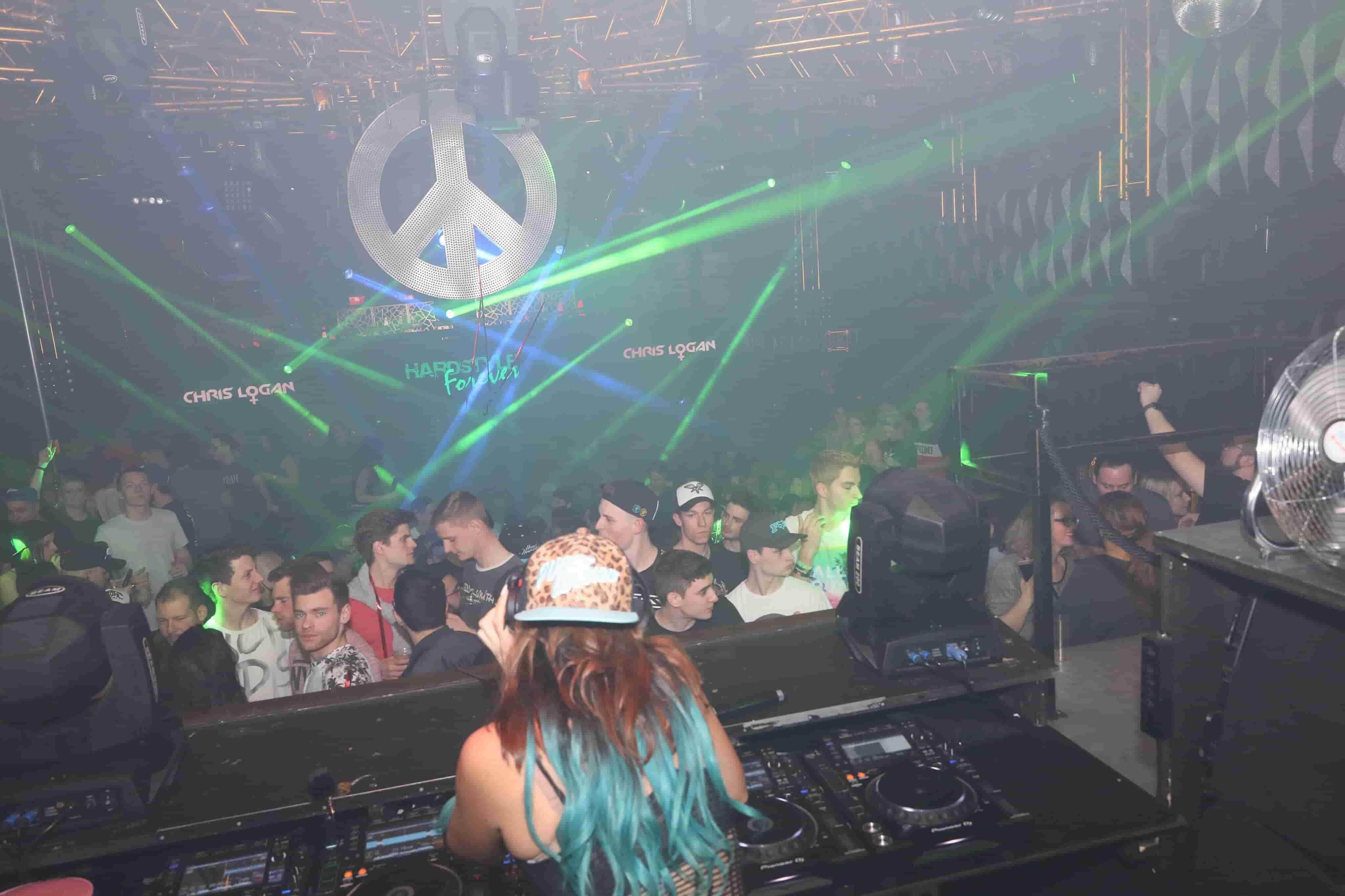DJ Chris Logan